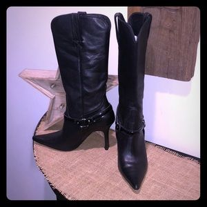 Charlie 1 Horse Black Heel Boot 6.5